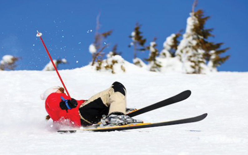 Tips to avoid injuries from skiing or sledding